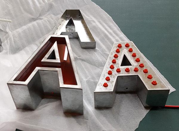 AKA_B